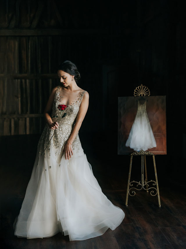 A moody, luxe wedding styled shoot at an artist's atelier in a historic Wisconsin barn by Lisa Kathan Photography and The Gilded Aisle