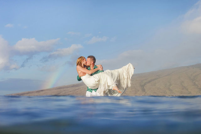 A couple celebrates their seventh wedding anniversary with a trash the dress shoot in Maui | Love and Water Photography: lovewaterphoto.com
