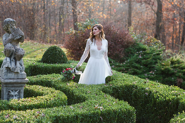 A fairy tale Ravenwood Castle wedding inspiration shoot focusing on the bride and her bridesmaids by Marina Claire Photography