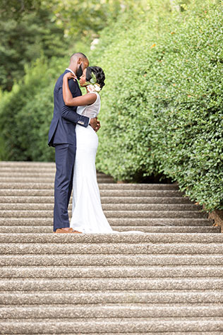 A quiet and intimate garden elopement inspiration shoot in Washington D.C. by Mecca Gamble Photography