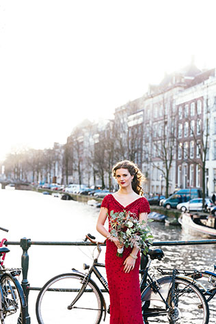 A fashionable styled shoot inspired by boho glamour in Amsterdam by On a Hazy Morning and Mode20 Events