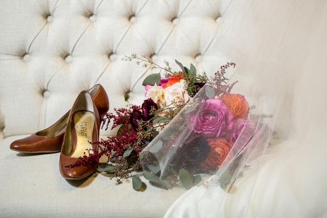 A colorful modern art wedding inspiration shoot in New York City | Priyanca Rao Photography: http://www.priyanca.com | Michelle Elaine Weddings: http://michelle-elaine.com