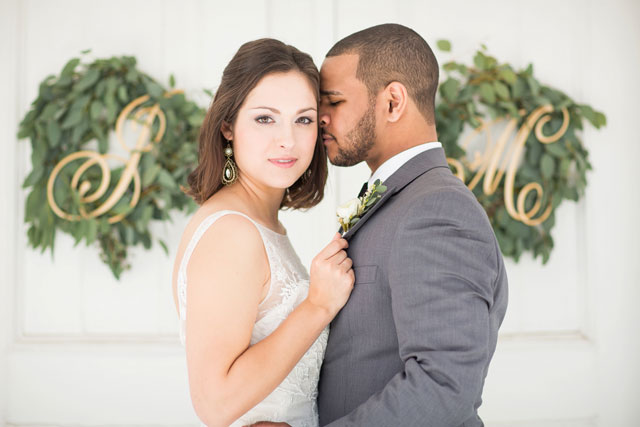 A charming New Orleans wedding inspiration shoot with a tribute to jazz and the fleur de lis by Rachael Hall Photography