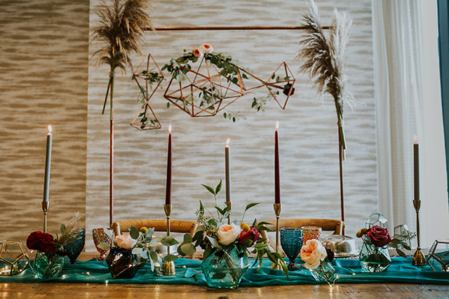 A modern and glamorous wedding styled shoot at The AC Hotel in Des Moines by Raelyn Ramey Photography and Trixies Salon