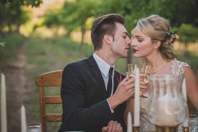 A vintage Hollywood glamour wedding styled shoot at a beautiful winery in the San Pasqual Valley | Red Trolley Studio: http://www.redtrolleyphotography.com