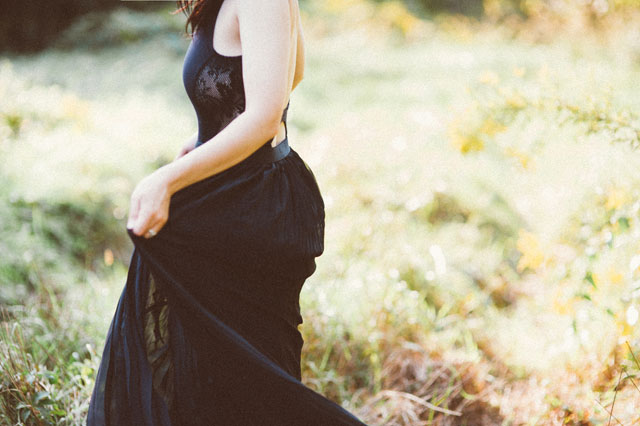 Inspiration for wearing a wedding dress that isn't white | Shannon Moffit Photography LLC: shannonmoffit.com