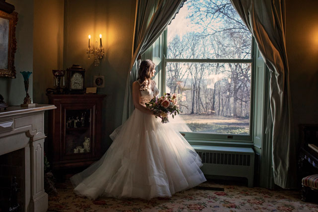 A stylized shoot featuring vintage romance at the Pettengill-Morron House by Shelby Photography