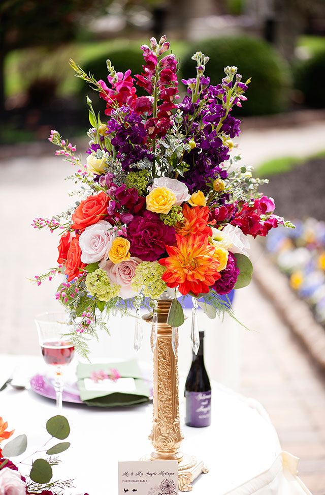A styled shoot combining vibrant Tuscan colors with a romantic garden setting | Sheronda Seawright Photography: http://www.sherondaseawrightphotography.com