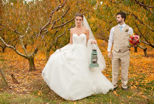 A fairy tale autumn peach orchard wedding inspiration shoot // photos by Svetlana HillKovich: http://www.svetlanahillkovich.com || see more on https://blog.nearlynewlywed.com