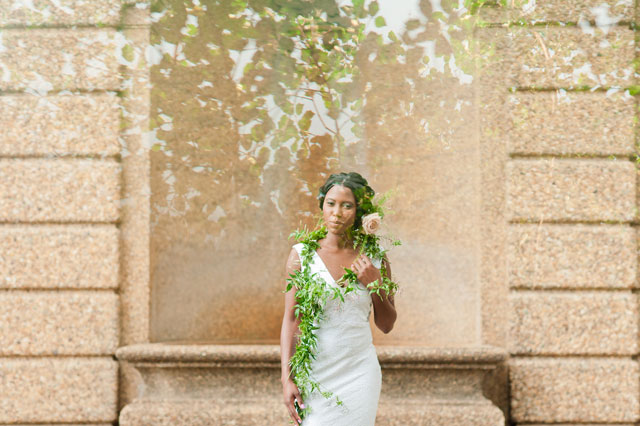 A quiet and intimate garden elopement inspiration shoot in Washington D.C. by Terri Baskin Photography