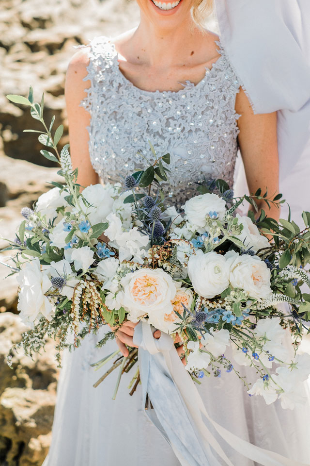 A stunning organic coastal wedding styled shoot inspired by the simple beauty of the sea by Vanessa Velez
