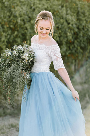 A vineyard styled shoot for a dusty blue rustic wedding by Veronica Young Photography