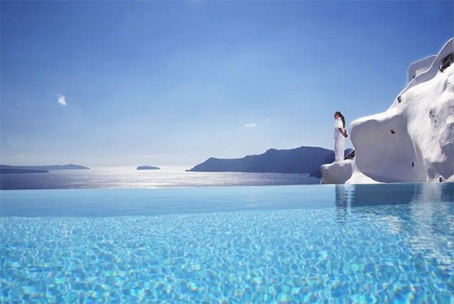 Katikies Hotel | Honeymoon in Greece