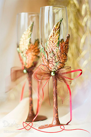 Fall Cake Server and Knife by DiAmoreDS on Etsy | Wedding Decor and Accessories for a Handmade Fall Wedding