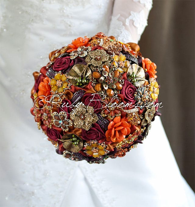 Gold Autumn Wedding Brooch Bouquet by Rubybloomscom on Etsy | Wedding Decor and Accessories for a Handmade Fall Wedding