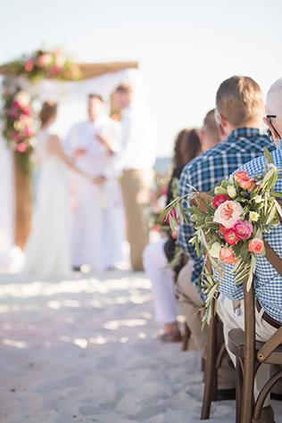 An elegant teal oceanside wedding in Gulf Shores by Aislinn Kate Photography