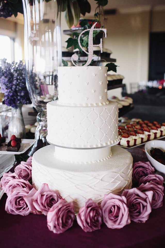 A lavish and chic pink and purple wedding at Hotel ZaZa in Houston | Akil Bennett Photography: http://www.akilbennett.com