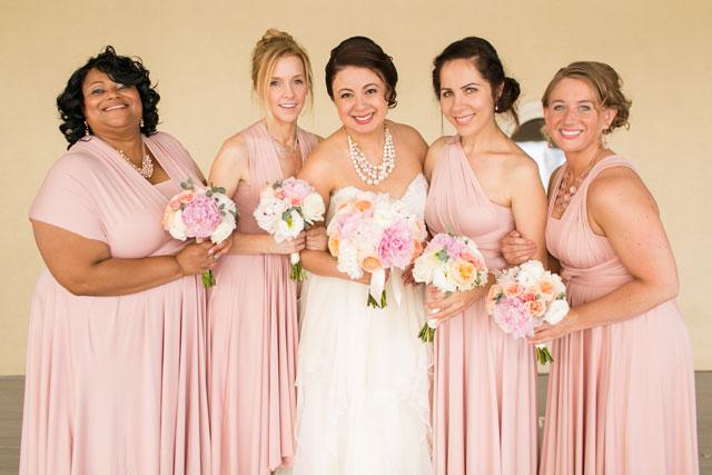 A waterside metallic and pale pink brunch wedding in Virginia Beach | Amanda Hedgepeth Photography: http://www.amandahedgepethphotography.com