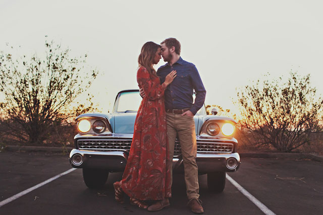 A vintage Ford engagement session at sunset in Huntington Beach // photo by Amanda Patrice: http://www.amandapatrice.com || see more on https://blog.nearlynewlywed.com