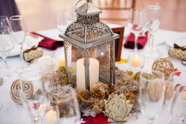 A private estate wedding in New York with elegant yet rustic autumn details by Amber Kay Photography