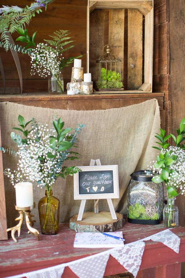 A Colorado inspired bohemian wedding in New Jersey with rustic details by Ashley Mac Photographs