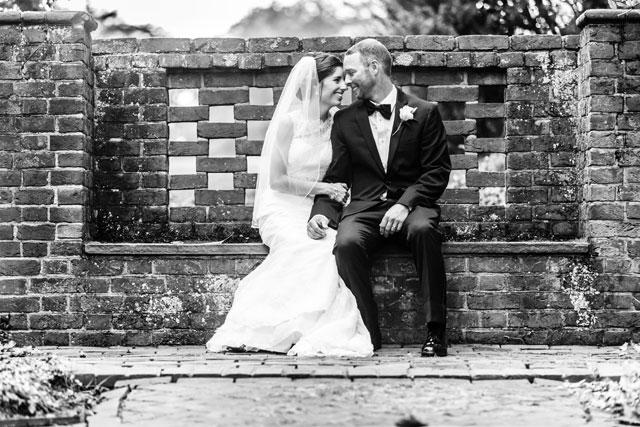 A rainy summer wedding at the Brantwyn Estate   Bartlett Pair Photography: http://bartlettpairphotography.com