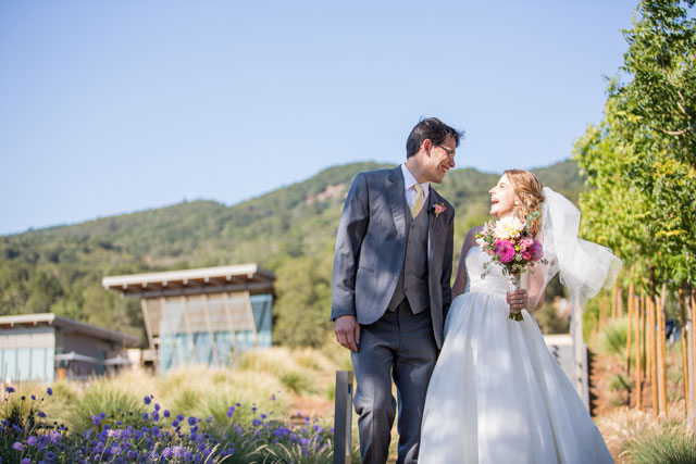 A rustic yet elegant wine country wedding at Hamel Family Wines | Bergreen Photography: bergreenphotography.com