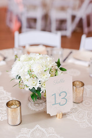 A traditional and classic Southern wedding at the Texas Women's Federation by Brittany Jean Photography and Eclipse Event Co.