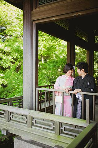 A Tokyo engagement session at Shinjuku Gyoen Park | Chung Li Photography | Chung Li Photography