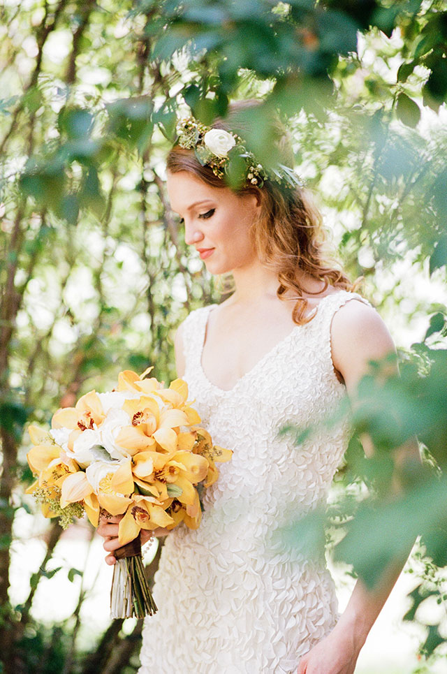 A sweet and romantic orchard wedding in Alabama by Cotton & Clover Photography