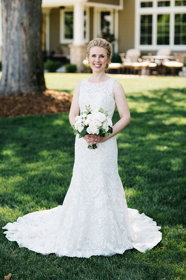 A romantic marina wedding in Northern Michigan by Dan Stewart Photography