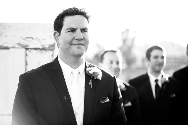 A modern Jewish wedding at a golf course in Scottsdale with Tiffany blue details | Drew Brashler Photography: http://www.brashlerphoto.com