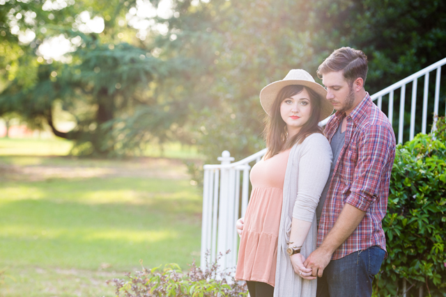 A romantic evening engagement session in South Carolina // photos by Emily Chappell Photography: http://www.emilychappellphotography.com || see more on https://blog.nearlynewlywed.com