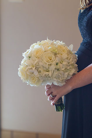 A glamorous metallic wedding at a modern hotel in Madison | Front Room: http://frphoto.com