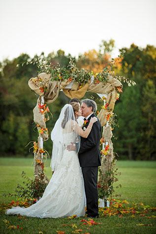 An elegant autumn wedding at The Williamsburg Winery | Grant & Deb Photographers: grantdeb.com