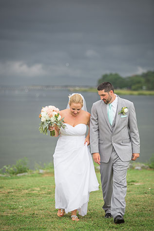 A stormy, rainy wedding day in Virginia with peach and mint details | Grant & Deb Photographers: grantdeb.com