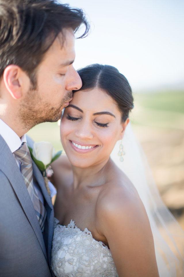 A California winery wedding with tasteful and elegant DIY details   Gretchen Wakeman Photography: gretchenwakeman.com