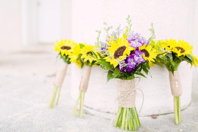 Rustic purple wedding ideas | Heather Chipps Photography: www.heatherchippsphotography.com