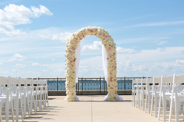 A luxury summer Persian inspired lakeside wedding in Wisconsin by Heather Cook Elliott Photography