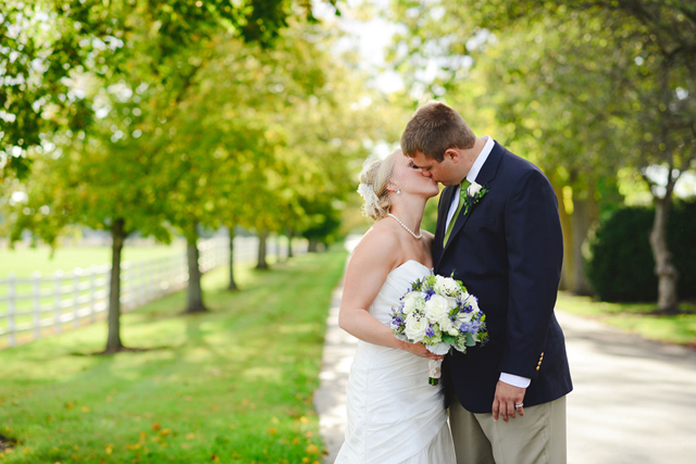 A preppy rustic country wedding at a historical estate on a horse farm in Ohio // photos by Henry Photography: http://www.henryphotography.com || see more at: https://blog.nearlynewlywed.com/real-couples/weddings/preppy-rustic-country-horse-farm-wedding/