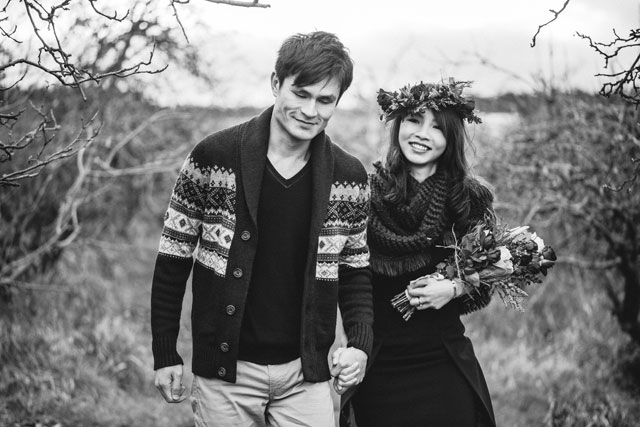 A rustic and cozy winter pre-wedding shoot at a country apple orchard in the Blue Mountains in New South Wales | Hilary Cam Photography Sydney: http://www.hilarycam.com.au