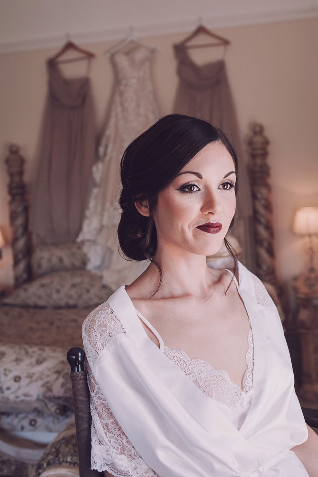 A luxury English lodge wedding in Bristol with a 1920s vibe by Honeydew Moments