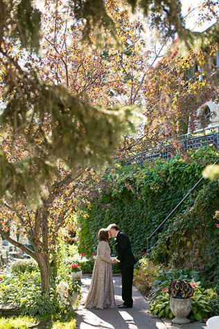 An intimate and romantic peach and cream autumn wedding by Jeannine Marie Photography