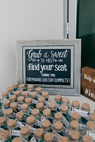 An oceanside Newport Beach marina wedding by Jenn & Pawel Photography