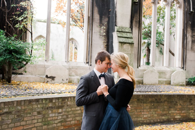 A London destination engagement session at many iconic landmarks by Jennifer Weinman Photography