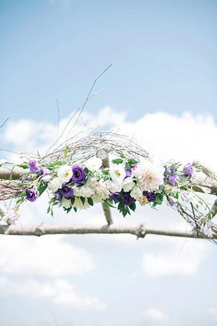 A rustic and romantic purple mountain wedding in Virginia with DIY details by Karyn Johnson Photography