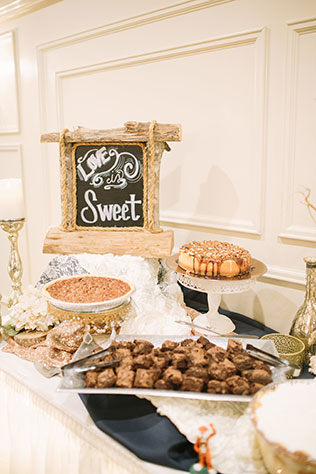 A sweet and adorable woodland wedding in Georgia by Kathryn Elisabeth Photographs