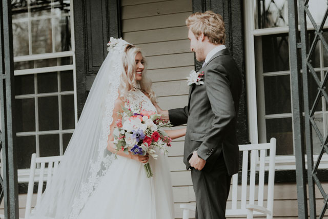 A romantic backyard wedding in New Jersey with a soft pastel palette by Kelli Wilke Photography