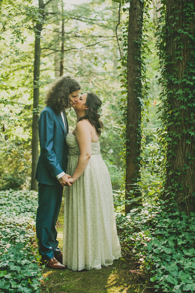 A casual and DIY artsy backyard wedding with rose gold sequins and protea by Kendra Elise Photography