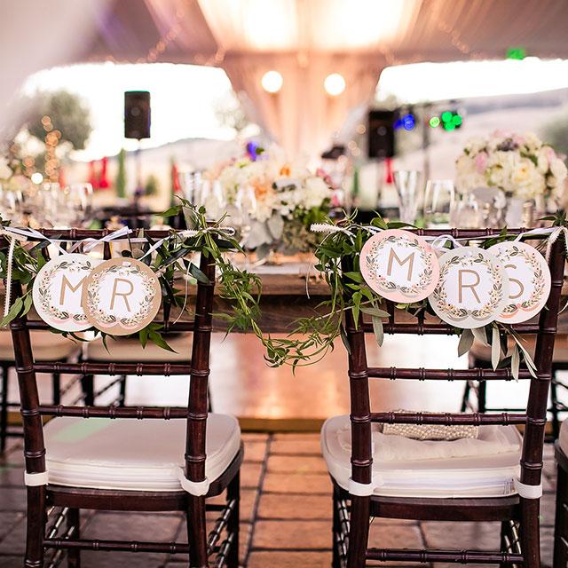 A dreamy and elegant blush and sage wedding at Viansa Winery   Kreate Wedding Photography: http://www.kreateweddingphotography.com